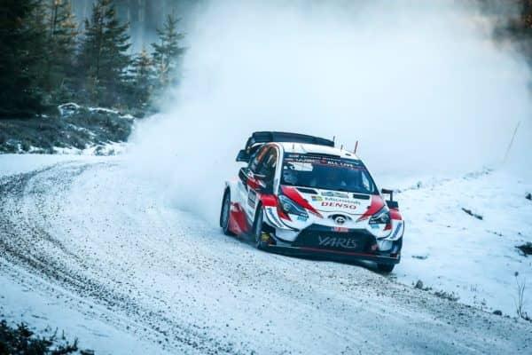 Evans brilla nel misto di terra e neve, super Rovanpera sul podio provvisorio