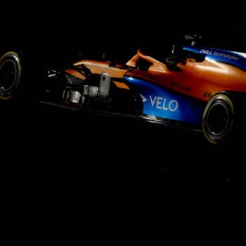 La McLaren si ritira dal GP d'Australia! Positivo al coronavirus un membro del team