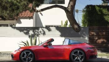 La gamma 992 si arricchisce: da Stoccarda arrivano le Porsche 911 Targa 4 e 4S