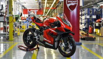 01_ducati_superleggerav4_001_uc169971_high