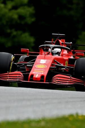 """Vettel: """"Macchina difficile da guidare, contento di essermi girato una sola volta"""""""