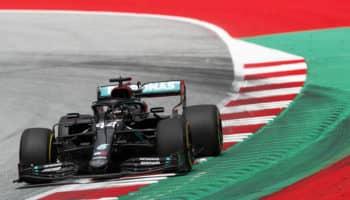 La Red Bull chiede ed ottiene la penalità per Hamilton: il #44 partirà 5°