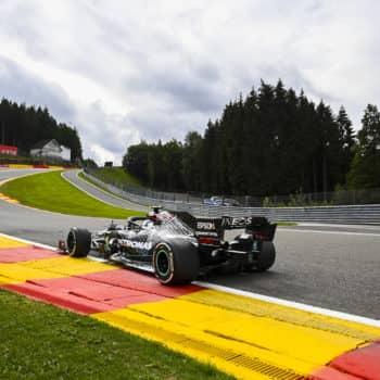 Bottas si prende le FP1 del Belgio, ma Hamilton e Verstappen sono vicini. Male Ferrari