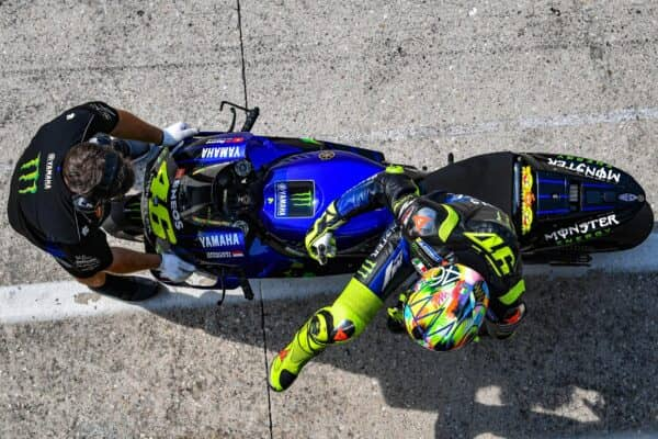 46-valentino-rossi-italg5_9922-gallery_full_top_fullscreen