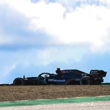 Bottas si prende le FP1 del GP del Portogallo. 4° Leclerc, Vettel prova il fondo 2021