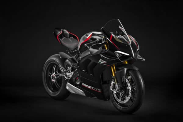 ducati_panigale_v4_sp-_5__uc211439_mid