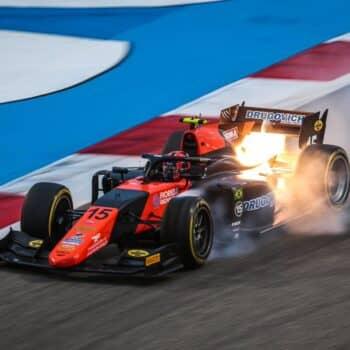 Formula 2, Drugovich domina in Bahrain. Ilott riapre il campionato