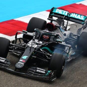 In Bahrain vanno in scena delle FP1 dal sapore 2021. Hamilton comunque davanti a tutti