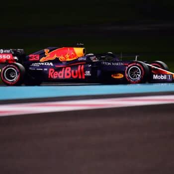 Verstappen beffa le Mercedes: è pole nel GP di Abu Dhabi! Leclerc scatterà 12°