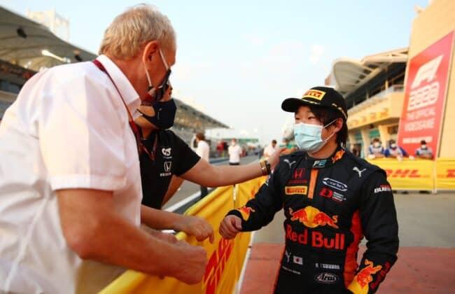 Helmut Marko e Yuki Tsunoda. Formula 2, feature race GP di Sakhir 2020.