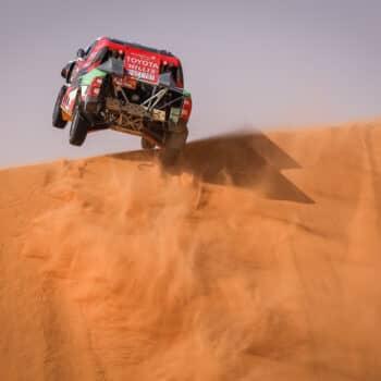 Al Rajhi vince la Stage 10 della Dakar, Peterhansel gestisce. Ritirato Cornejo Florimo!