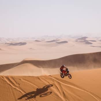 Al-Attiyah concede il bis nella Stage 3 della Dakar. Riscossa Price, giù di nuovo le Honda