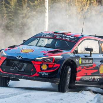 Arctic Rally Finland: Tanak vola in testa, Ogier già lontanissimo