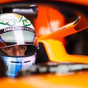 F1, Test Bahrain: Ricciardo davanti a metà del Day 1, Bottas rompe il cambio. Problemi per Leclerc?