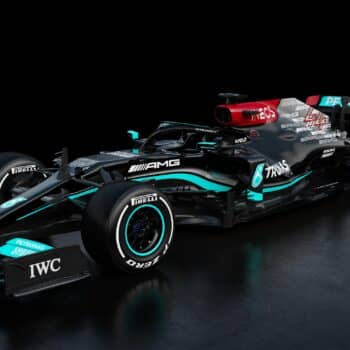 Mercedes svela la Regina: ecco la W12 di Lewis Hamilton e Valtteri Bottas