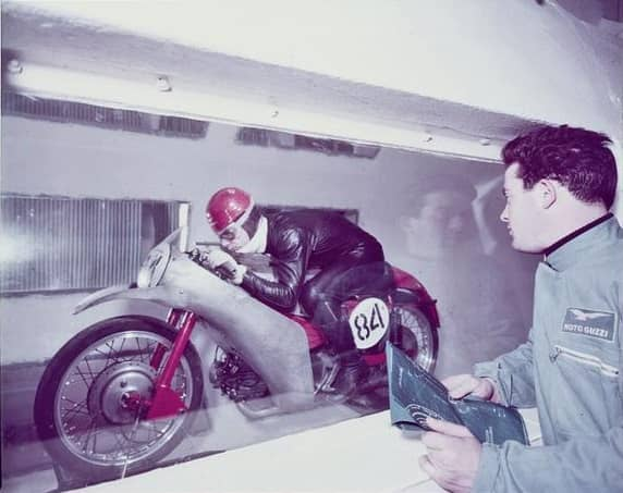 moto-guzzi-galleria-del-vento-1955