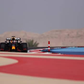 Max Verstappen si prende le vivaci FP1 del GP del Bahrain. 2° Bottas, 5° Leclerc