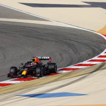 Verstappen fa il vuoto nelle FP3 del GP del Bahrain. 2° Hamilton, 6° Sainz… senza Soft