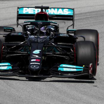 Lewis Hamilton si prende le FP2 del GP di Spagna. 3° Leclerc, alle spalle di Bottas