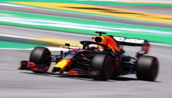 Max Verstappen fa sue le FP3 del GP di Spagna. Hamilton, 2°, inseguito dalle Ferrari