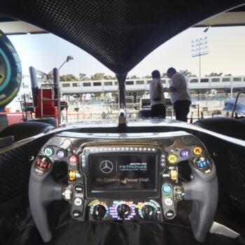 """Analisi Tecnica: cos'è il """"Brake Magic"""" che è costato a Hamilton la vittoria a Baku?"""