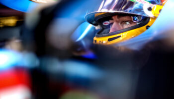 """Alonso: """"Molti piloti hanno guidato al di sopra delle loro abilità. Se dopo un crash si partisse ultimi…"""""""