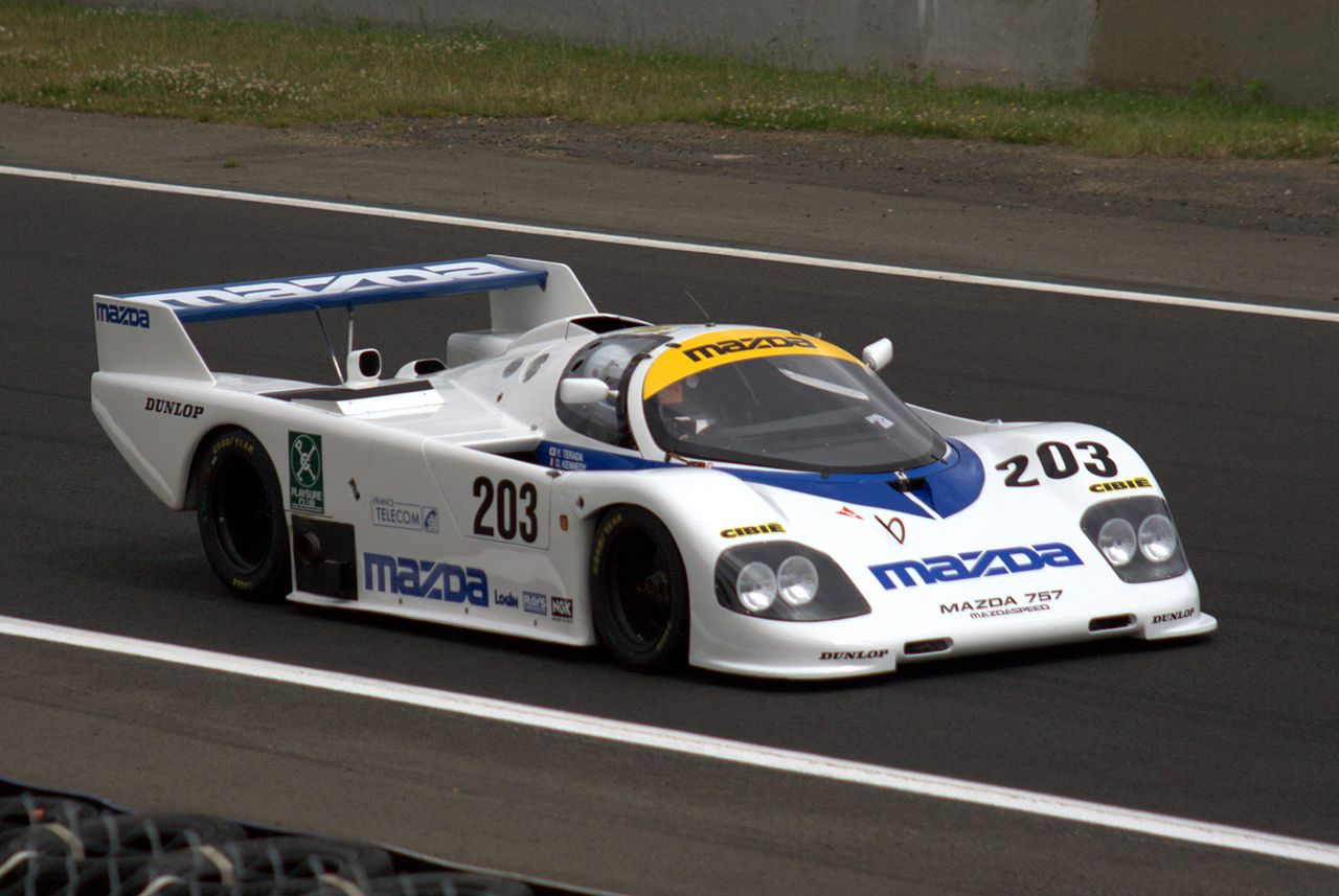 1280px-mazda_757_lm_story_le_mans