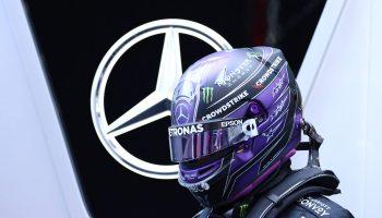 Lewis Hamilton e Mercedes ancora insieme: il #44 ha rinnovato fino al 2023