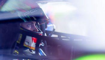 24 Ore di Spa, è ritiro per Laurens Vanthoor: lo ha investito un quad nel paddock!
