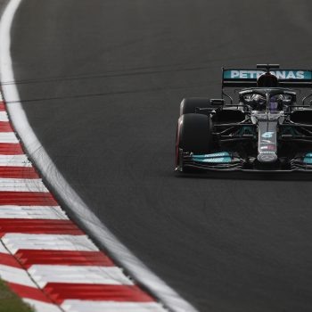 GP Turchia, qualifiche: Hamilton è 1° ma 11°, in pole c'è Bottas. Leclerc 3° dietro Verstappen